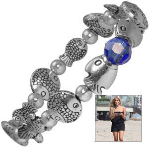 Mit elastischem Fädelband hergestelltes Armband