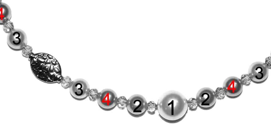 Perlenkette Anleitung Schritt 2 von kronjuwelen.com